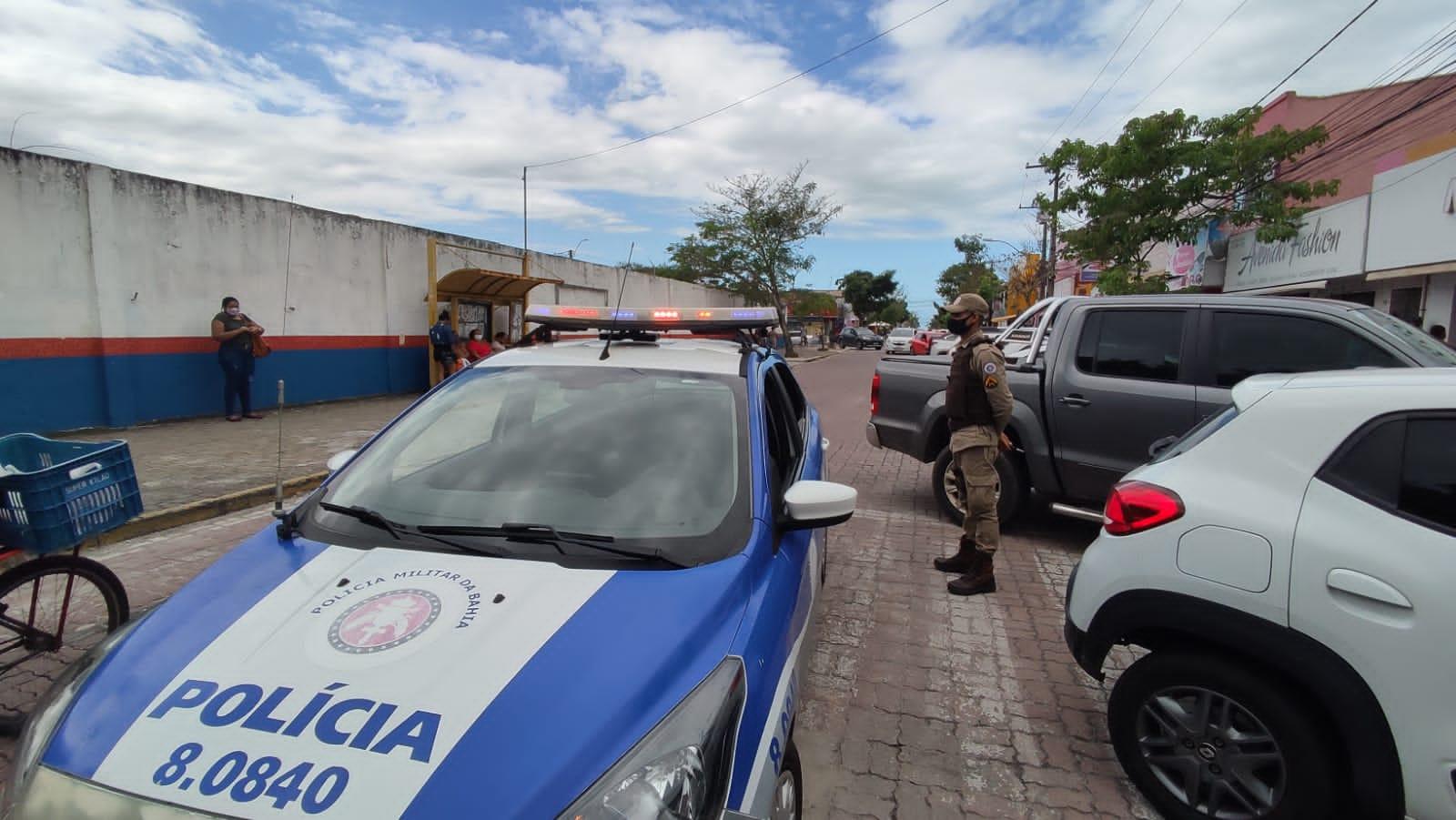 Porto Seguro: 8° BPM intensifica policiamento no centro comercial
